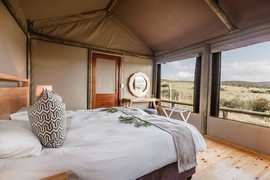 Hlosi Game Lodge 10